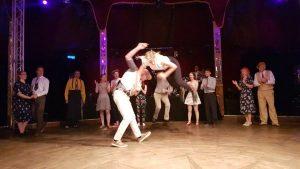 dancing-600x338